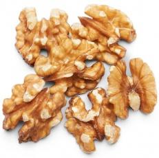 Lifelike Vlašské orechy lúpané